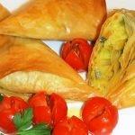 Receta Triangulos de masa filo con verduras al curry - Recetas de cocina, paso a paso, tutorial