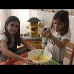 Las diverloquillas cocinan una coca de llanda  Mi receta de cocina