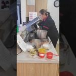 Pastel de fresa 🍓(Petalo de flor) m Modulo 1  Mi receta de cocina