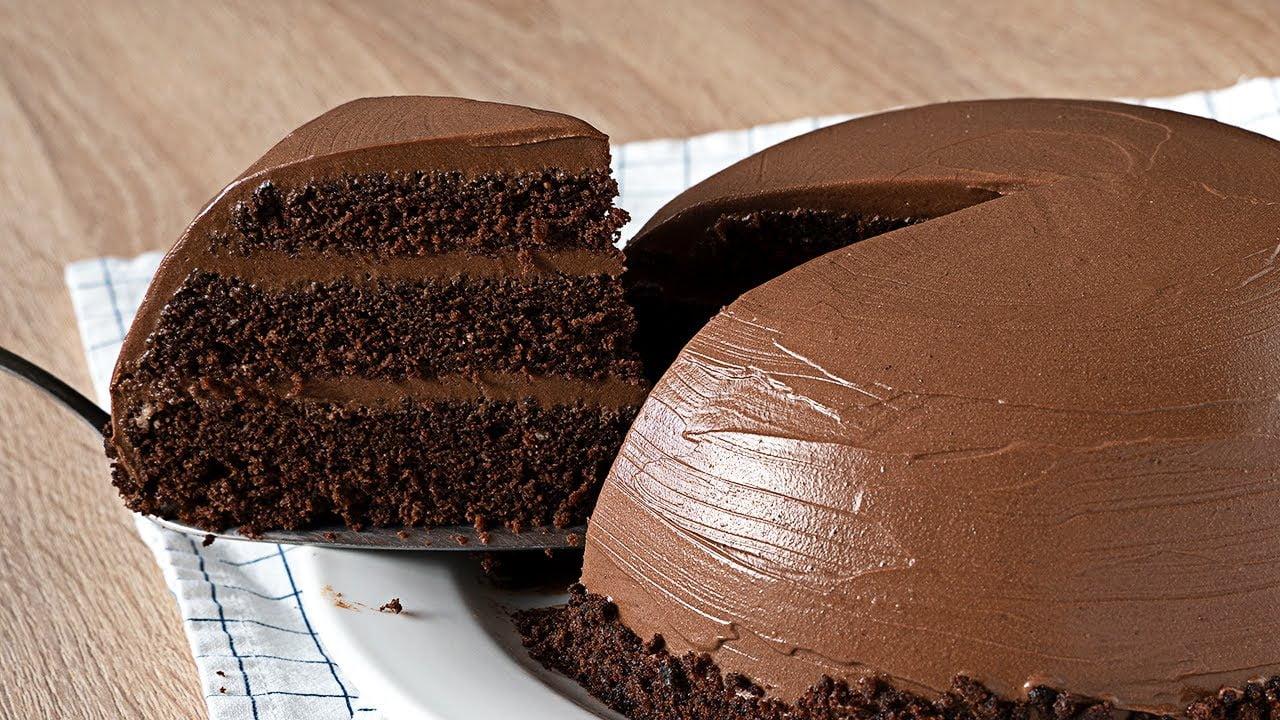 SIN horno - Tarta de chocolate muy jugosa y super fácil
