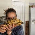 Hay que ver que asomos con estos plátanos