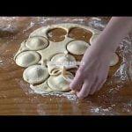 yt1s com   Si tienes un poco de harina leche y huevo prepara para el desayuno o merienda estas torti Mi receta de cocina