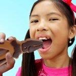 Wendy Desafío  del Chocolate | ¿Chocolate o juguete? | Hacer juguetes de chocolate para niños