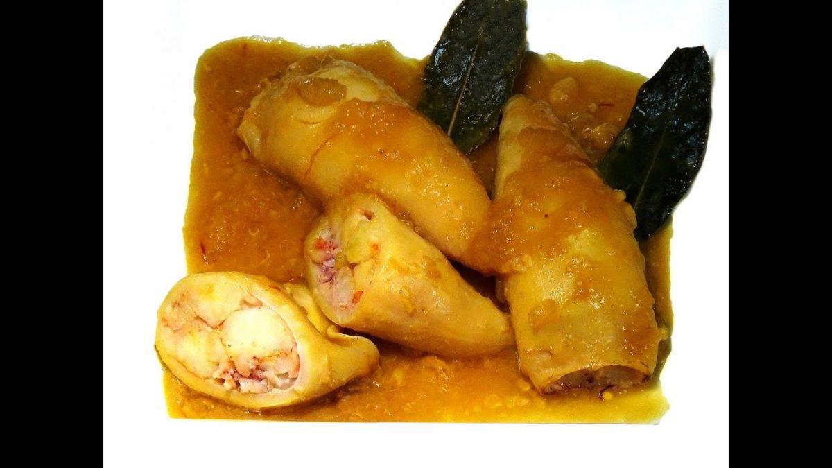 Receta Calamares rellenos de gambas en salsa de cebolla - Recetas de cocina, paso a paso, tutorial