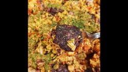 Receta de hoy: Paella de pechito con croquetas de jamón y queso